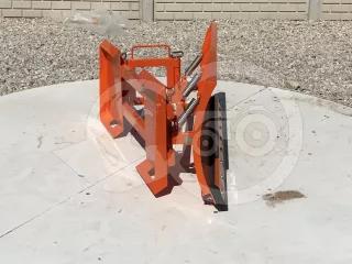 Tolólap 140cm-es, Bobcat jellegű csúszókormányzású rakodóhoz, kézi elforgatással, Komondor STLR-140/B kf (1)
